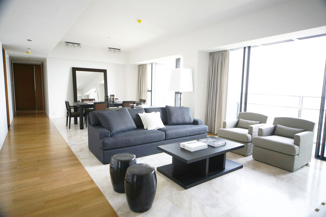 The Met condo for rent in Sathorn Bangkok - living room of 3 bedroom unit