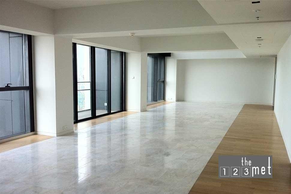 4-bedroom-duplex-for-sale-the-met-sathorn5